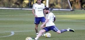 ميسي يستعد مع الأرجنتين للقاء البرازيل