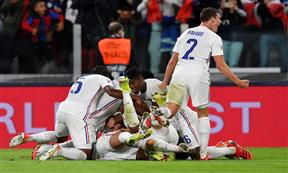 لقطات من مباراة بلجيكا وفرنسا