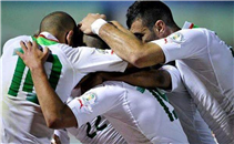 هدفا مباراة الجزائر والكاميرون