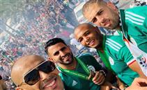 احتفال حافلة منتخب الجزائر في الشوارع
