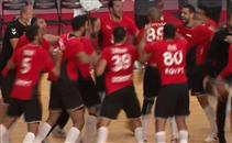 فرحة لاعبي يد مصر بالفوز على ألمانيا