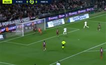 أشرف حكيمي يسجل هدف مثير أمام ميتز