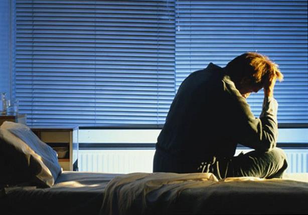 يعاني البعض من صعوبات النوم ليلاً؛