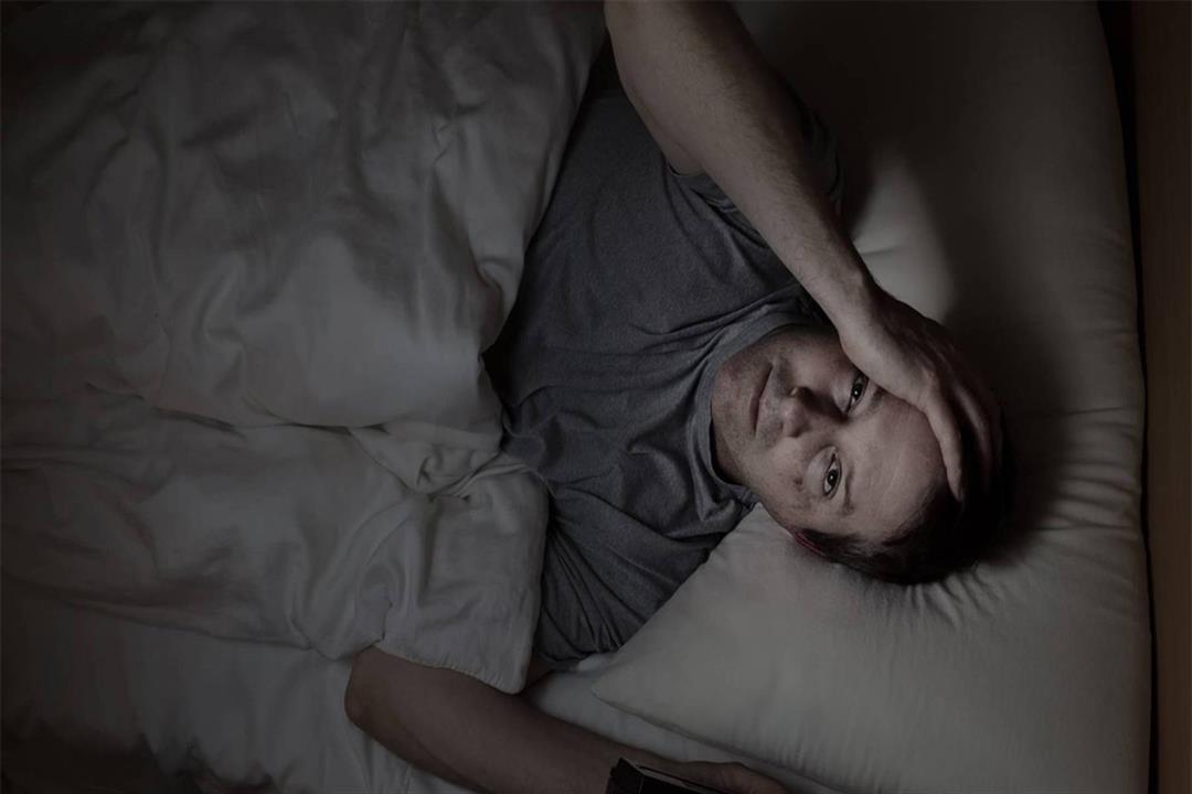 صعوبة الاستيقاظ من النوم