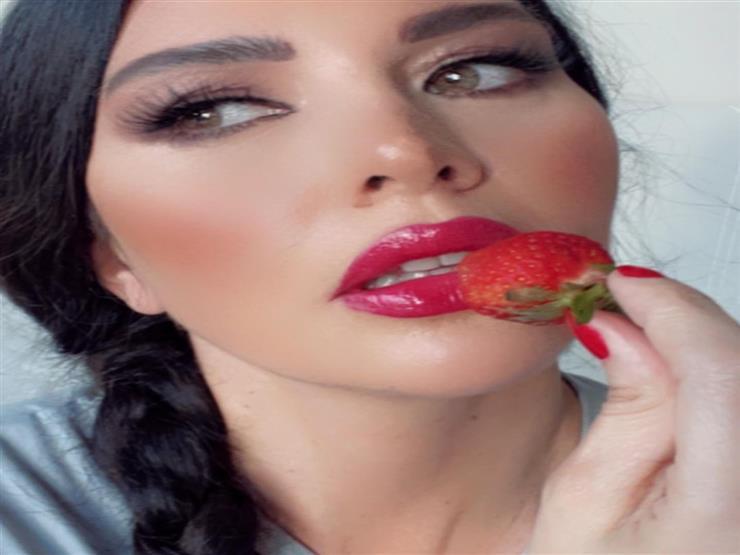 لاميتا فرنجية مع الفراولة 5