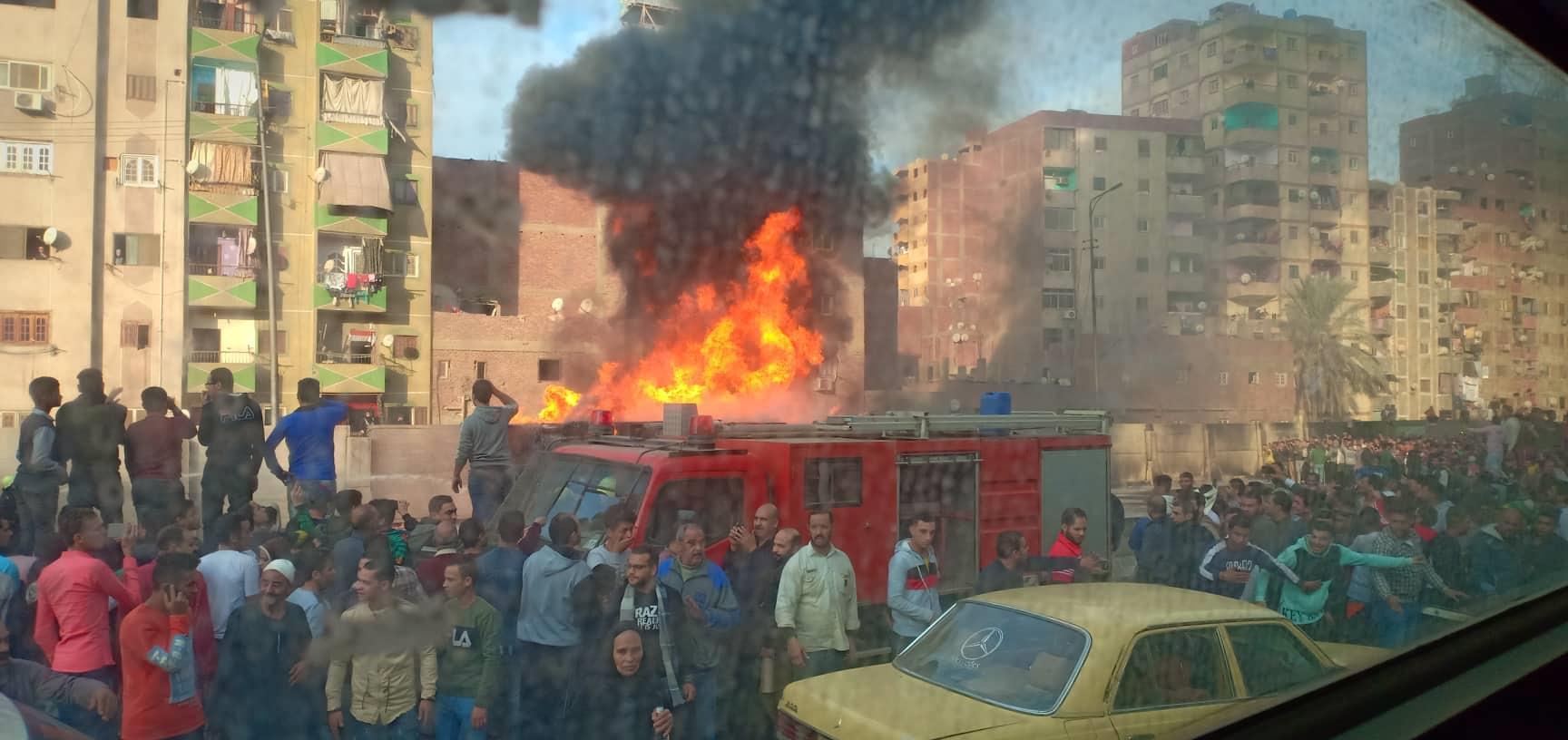 حريق سيارة على الطريق الدائري 2