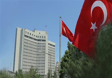 تركيا تستدعي سفراء 10 دول