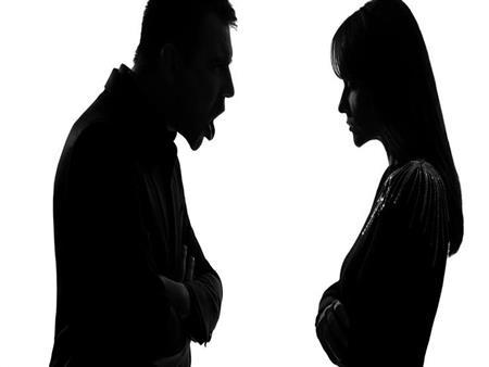 """""""من لا تعد الإفطار لزوجها آثمة"""".. وخالد الجندي يتعجب: هل تزوج خادمة؟"""