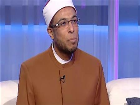 """""""دعونا ولم يستجب الله لنا"""".. رسالة محمد أبوبكر لـ3 سيدات على حافة الاكتئاب"""