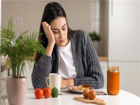 أسباب تجعلك غير جائع في الصباح.. هل هذا يعني أنك مريض؟