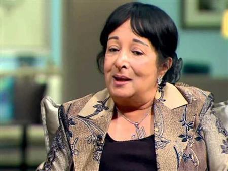 """فيديو   سميرة عبدالعزيز: السيدة انتصار السيسي أخبرتني أنها كانت تتابع """"قال الفيلسوف"""""""