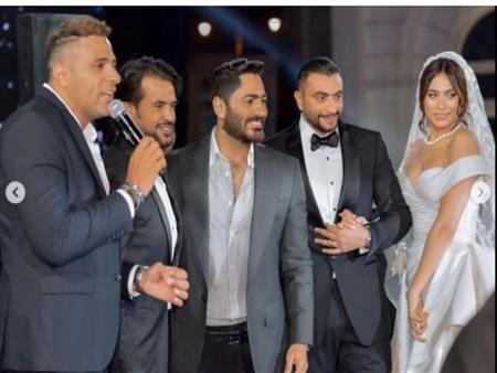 بالصور.. تامرحسني بصحبة نجوم الفن في زفاف هاجر أحمد