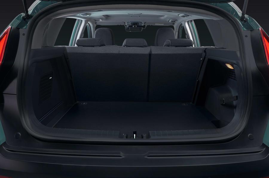 """هيونداي تعلن عن سيارتها """"Bayon"""" الجديدة 2021 (مواصفات - صور - فيديو) 2021_3_3_15_8_24_229"""