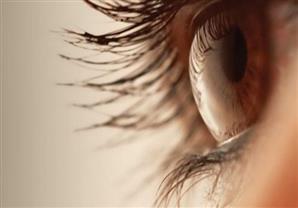أسباب رفة العين متعددة.. في هذه الحالة قد تكون علامة على السرطان