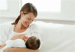 الرضاعة الطبيعية ترفع مستوى الذكاء في الكبر