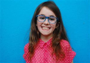 12 علامة تخبرك بحاجة طفلك إلى النظارة الطبية