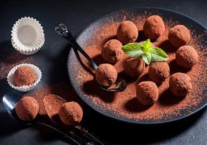«الأفوكادو بالشيكولاتة».. حلوى لذيذة وقليلة السعرات