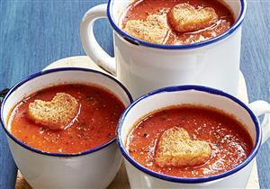 شوربة الطماطم.. تساعد على حرق الدهون وخفض الكولسترول