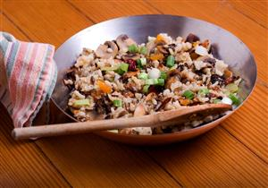 أرز بالخضار والمشروم.. إفطار لذيذ يقوي المناعة