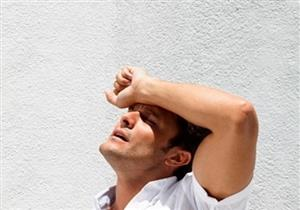 ضربة الشمس.. طبيبة توضح كيفية التصرف الصحيح حال الإصابة بها