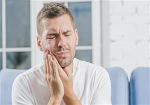 كيف تزيد أمراض اللثة من خطورة كورونا حال الإصابة به؟