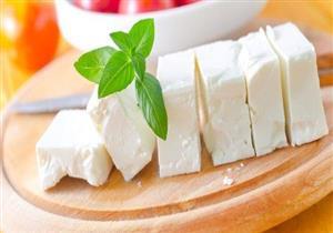 منها الموتزاريلا.. 6 أنواع جبن مفيدة لفقدان الوزن (إنفوجرافيك)