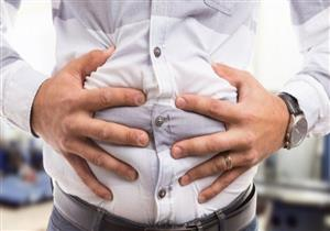 5 أطعمة ومشروبات تسبب الإصابة بالانتفاخ.. منها منتجات الألبان
