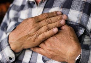 ليس مرضًا نسائيًا.. 5 أعراض تكشف إصابة الرجال بسرطان الثدي