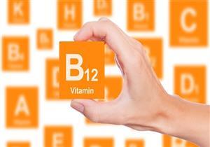 بسبب نقص فيتامين b12 .. إصابة مراهق بالعمى