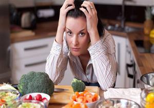 5 علامات تخبرك بعدم تناول ما يكفي من الغذاء.. تعرف عليها (صور)