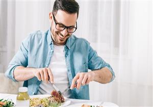 9 أغذية مفيدة لصحة الرجال.. أبرزها السمك