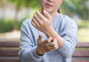 4 أمراض جلدية تنتشر في الشتاء.. منها التينيا (إنفوجرافيك)