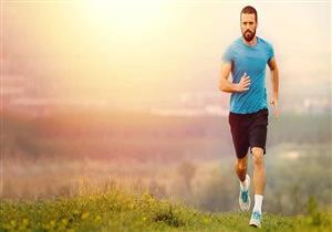 أيهما أكثر فائدة لجسم الإنسان.. النوم أم ممارسة الرياضة؟