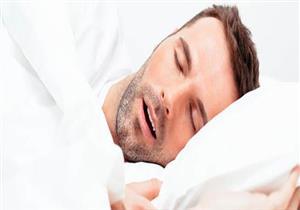 ماذا يحدث للجسم عند التنفس من الفم أثناء النوم؟
