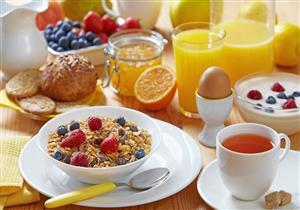 اجعل إفطارك صحيًا.. 5 عناصر أساسية احرص على تناولها صباحًا