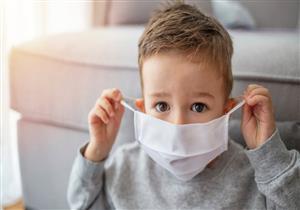 أطباء يابانيون: استخدام الكمامات للأطفال أقل من عامين يهددهم بالاختناق