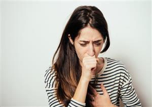 تشعر بألم المعدة عند السعال؟.. إليك الأسباب