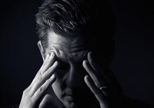 باحثون: اقتران القلق مع الاكتئاب يهدد الدماغ بمضاعفات خطيرة تصل للخرف