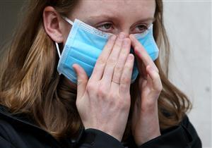 لماذا ينبعث من الفم رائحة كريهة عند ارتداء الكمامة؟.. هكذا تتخلص منها