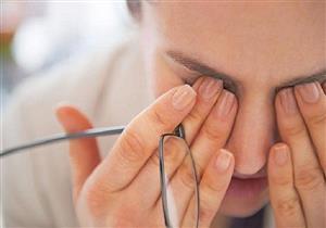 أعراض مختلفة تكشف إصابتك بجفاف العين.. متى يجب استشارة الطبيب؟
