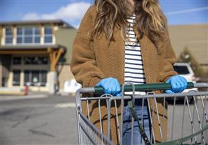 للوقاية من كورونا.. 9 إرشادات يجب الالتزام بها عند التسوق (فيديوجرافيك)