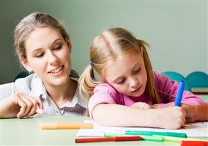 للأمهات.. 10 نصائح لزيادة تركيز طفلك أثناء الدراسة من المنزل