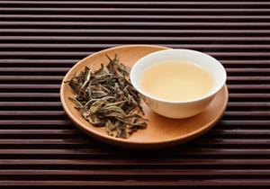 فوائد الشاي الأبيض.. هذا ما يحدث بجسمك عند تناوله