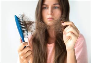 لماذا يتساقط الشعر في فصل الخريف؟.. إليكِ طرق علاجه