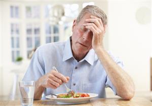 أبرزها السكري.. 4 أمراض تسبب الشعور بالصداع بعد تناول الطعام