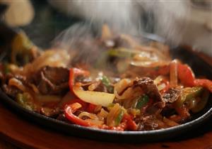 تتحكم في الكميات المتناولة.. إليك تأثير حرارة الطعام على الشهية