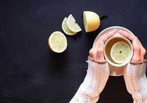 الليمون الدافئ أم البارد؟.. هاني الناظر يوضح أيهما أفضل لتقوية المناعة