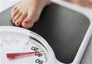 الدورة الشهرية قد تسبب زيادة الوزن.. دليلكِ للتخلص منه