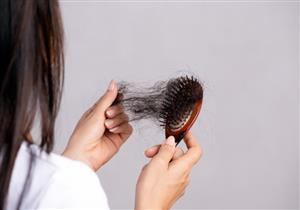 هل تساقط الشعر المفاجئ مؤشر لمشكلات صحية؟