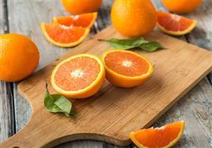 ماذا يحدث لجسمك عند تناول البرتقال على الريق؟